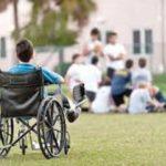Για τα κέρδη της πλουτοκρατίας η κυβέρνηση των αγορών κόβει θεραπείες από τα παιδιά με αναπηρία