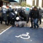 Βίαια επίθεση των ΜΑΤ στα Ιωάννινα συλλήψεις συνδικαλιστών και εργαζομένων με εντολή των super markets «MARKET IN»